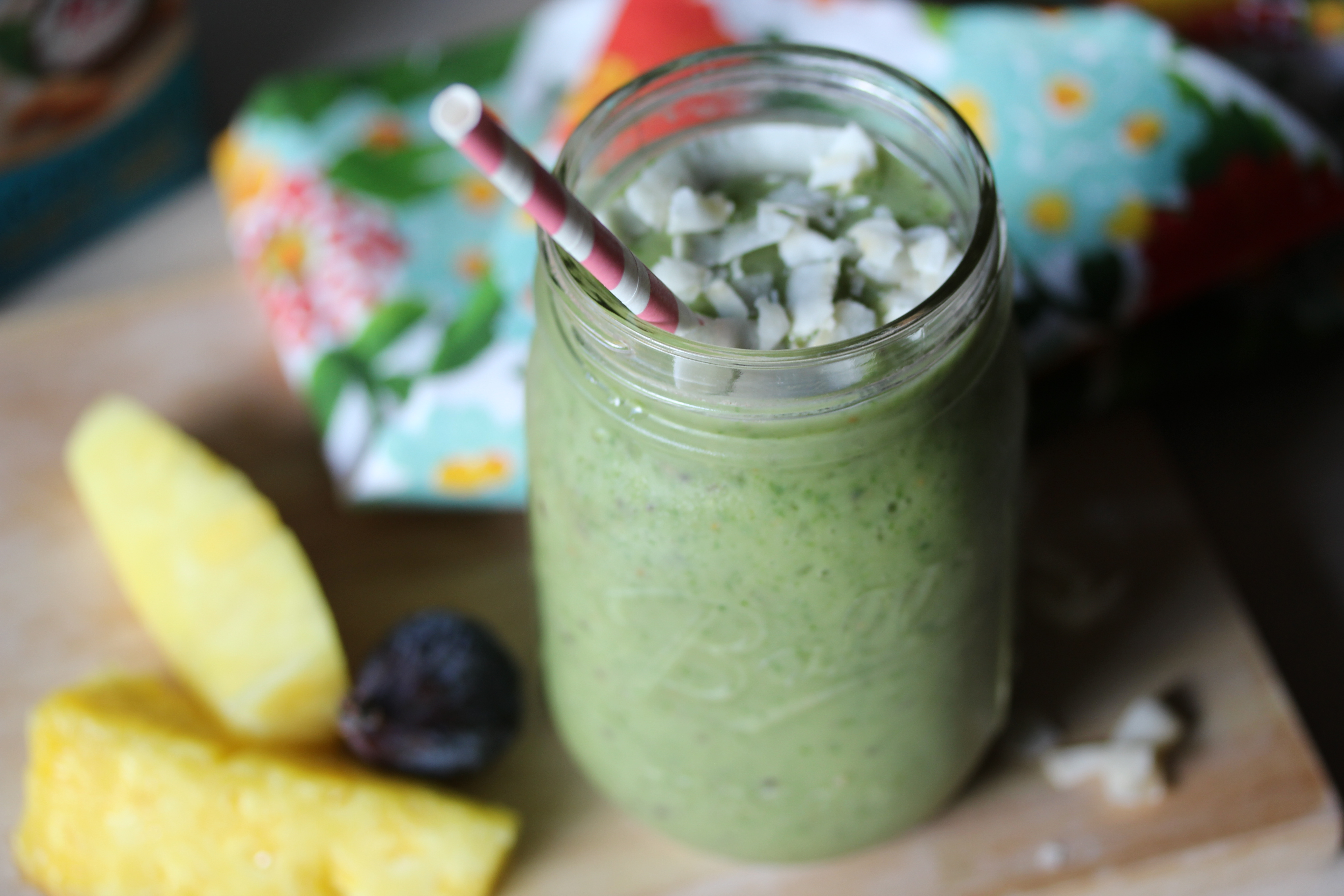 Pina-Vocado Smoothie | Dishing Out Health