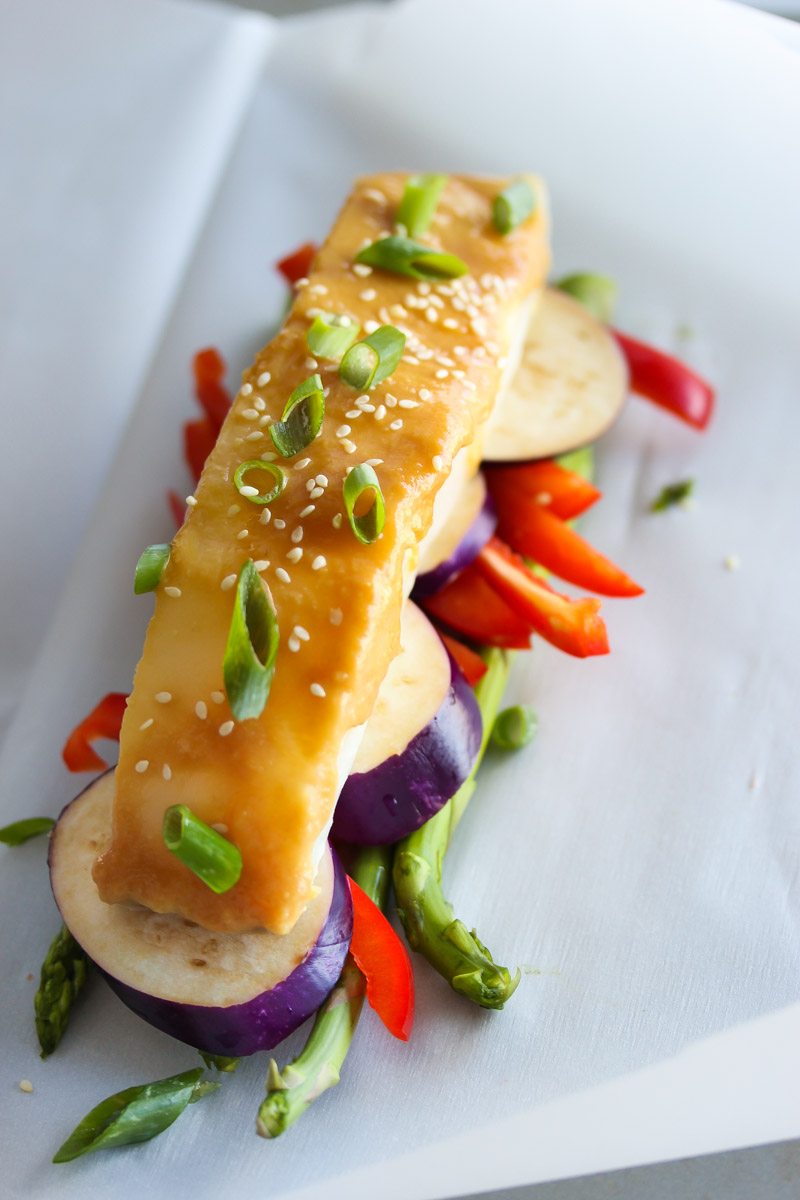 Miso Sea Bass En Papillote | dishingouthealth.com