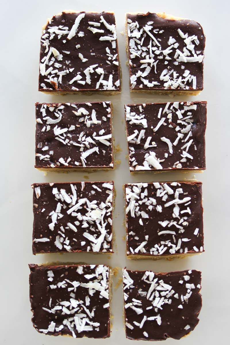 Raw Chocolate Coconut Cashew Bars | dishingouthealth.com