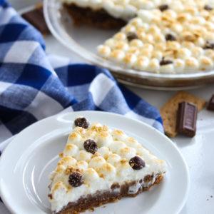 No Bake Healthier S'mores Pie | dishingouthealth.com