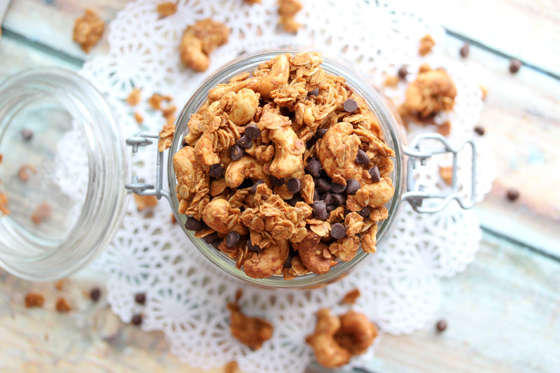 Peanut Butter Cup Granola | dishingouthealth.com