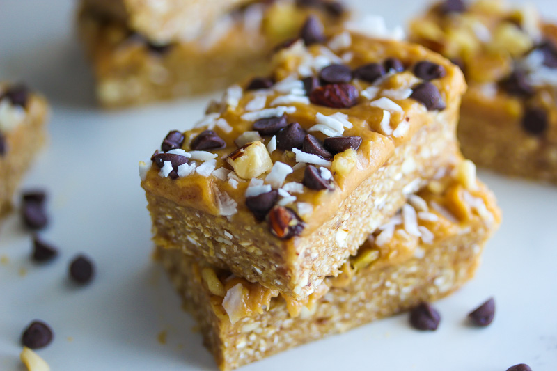 Vegan No-Bake Peanut Butter Magic Bars