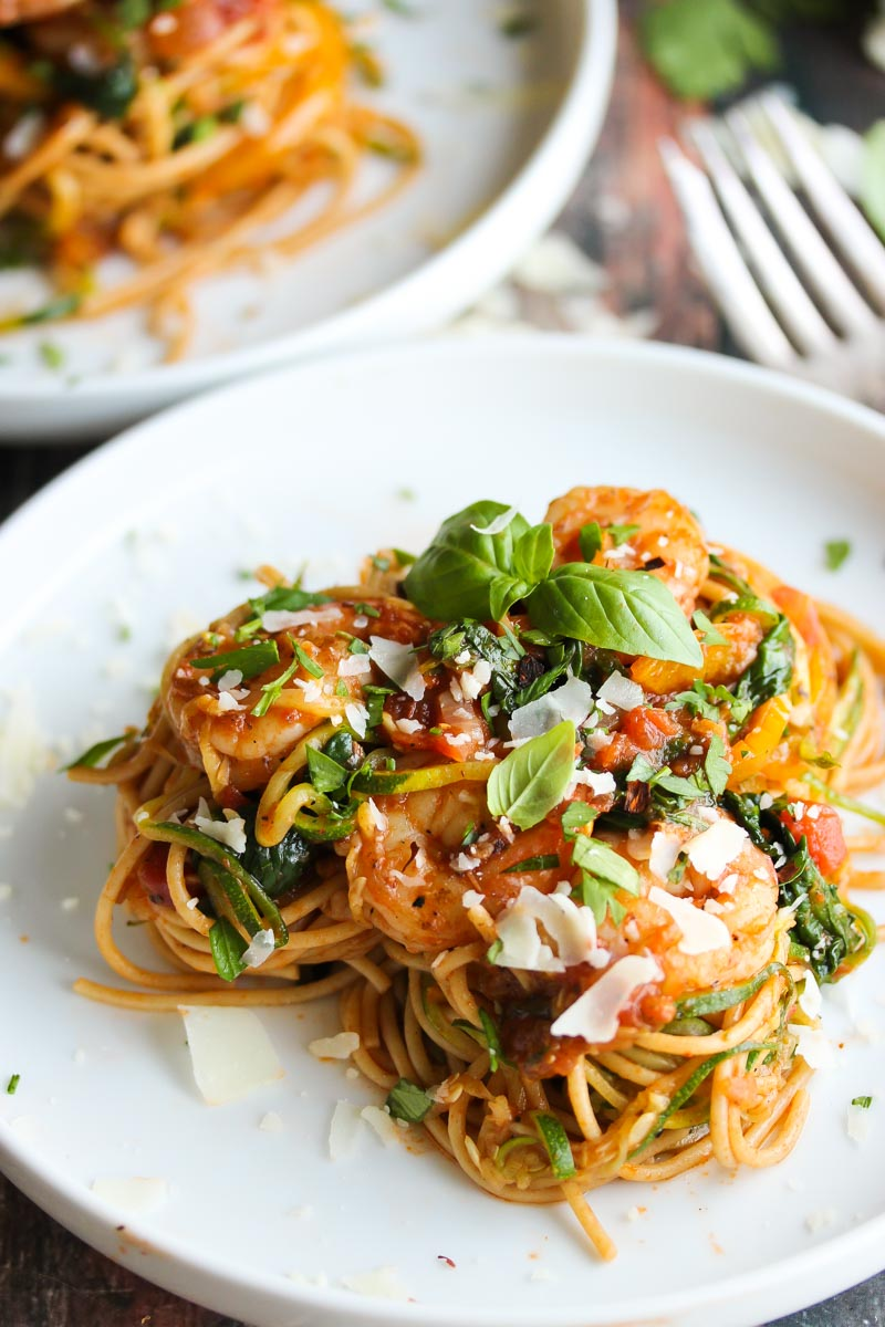 30 Minute Shrimp Pasta Primavera with Zoodles   dishingouthealth.com