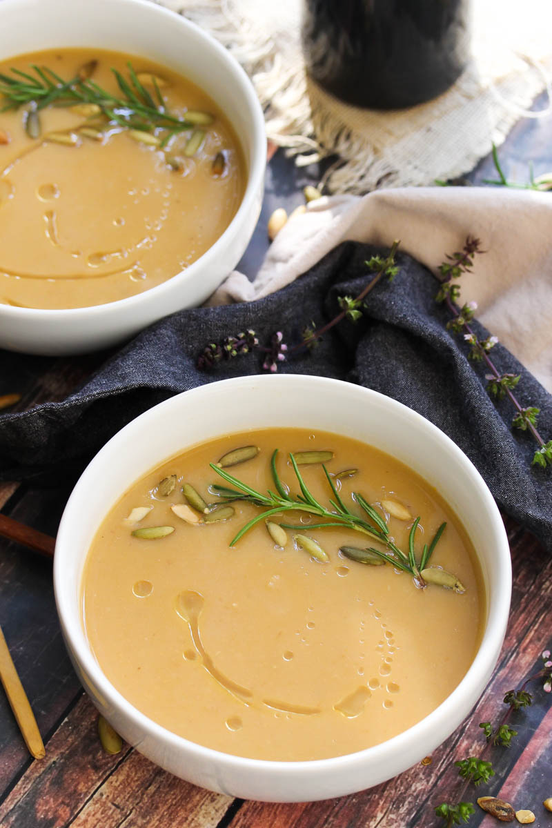 5 Ingredient Roasted Parsnip and Garlic Soup