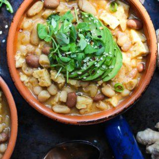 Miso Tempeh Chili (Vegan) | dishingouthealth.com