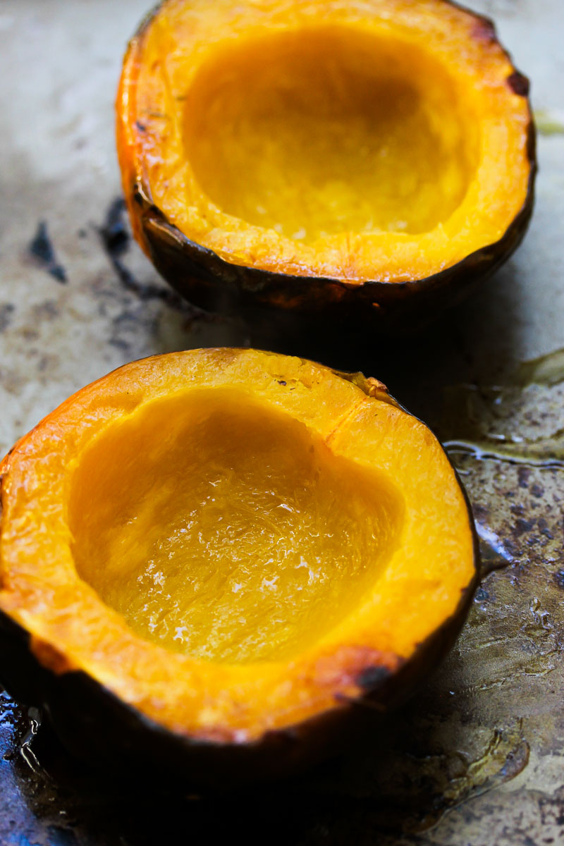 Mushroom and Quinoa Stuffed Acorn Squash | dishingouthealth.com