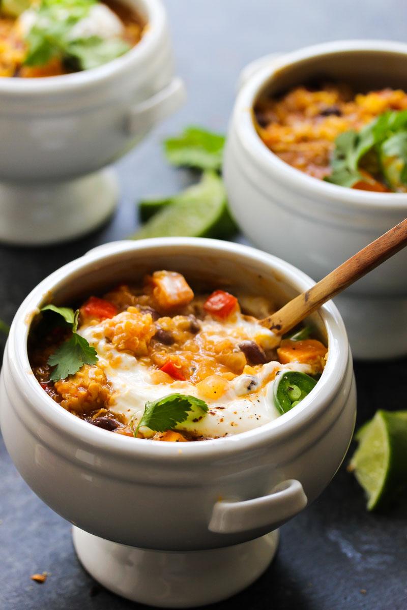 30 Minute Tempeh Enchilada Quinoa Soup   dishingouthealth.com