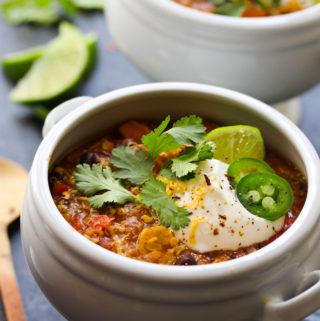 30 Minute Tempeh Enchilada Quinoa Soup | dishingouthealth.com