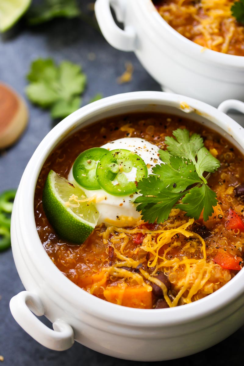 30 Minute Tempeh Enchilada Quinoa Soup | dishingouthealth.com