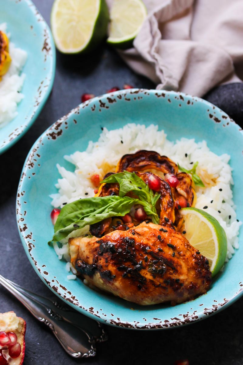 Sweet and Sour Thai Chicken Bowls | dishingouthealth.com