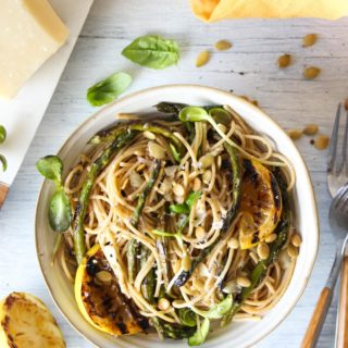 30 Minute Charred Asparagus and Lemon Pasta | dishingouthealth.com
