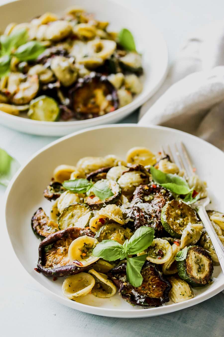 30 Minute Zucchini Pesto Pasta with Buttery Mushrooms