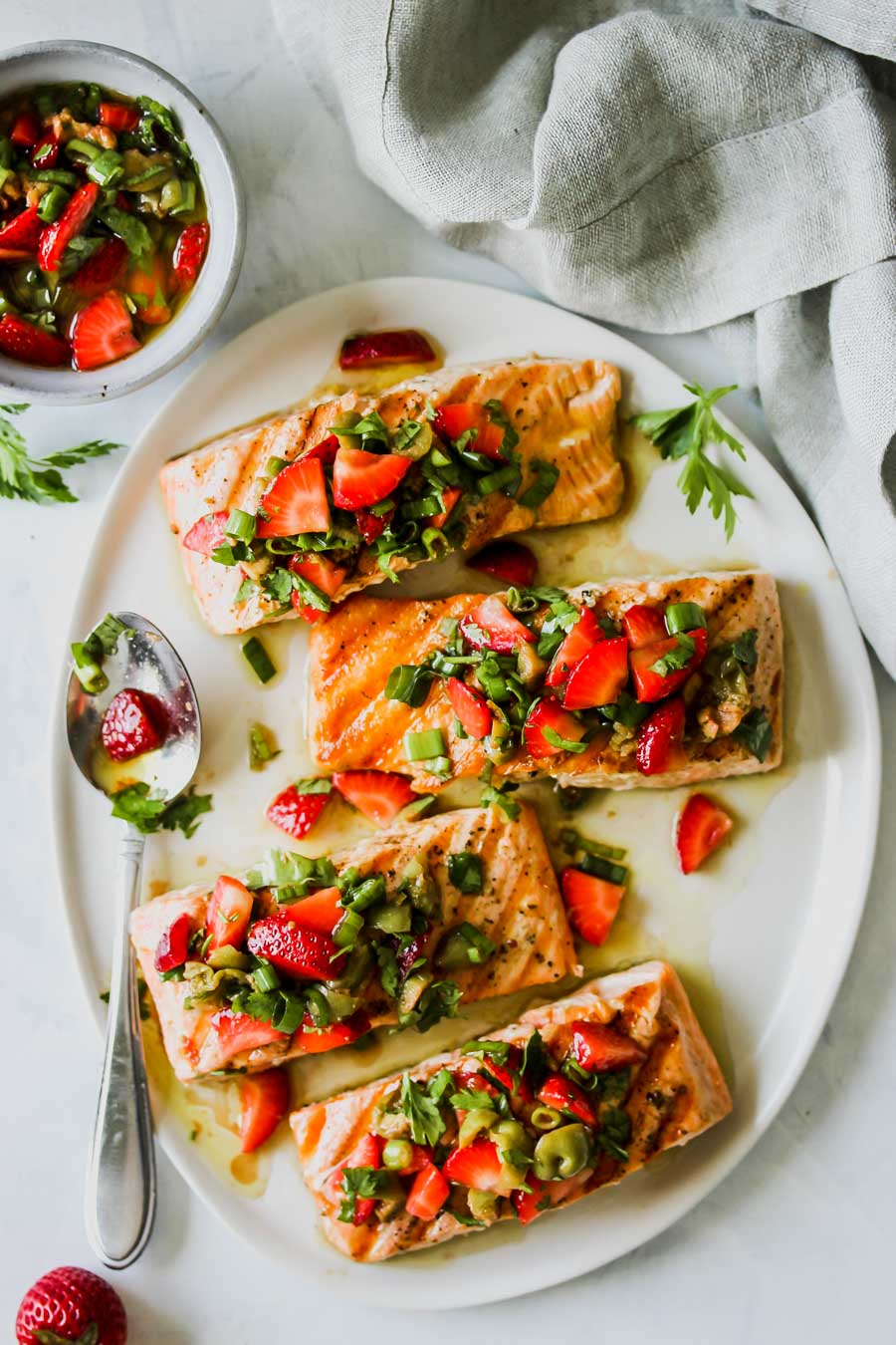 Grilled Salmon with Strawberry-Scallion Tapenade