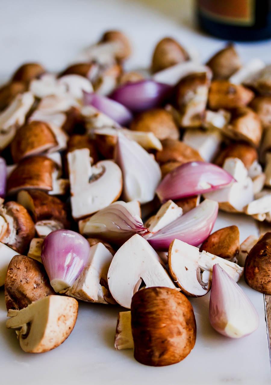 Easy 5 Ingredient Marsala Mushrooms
