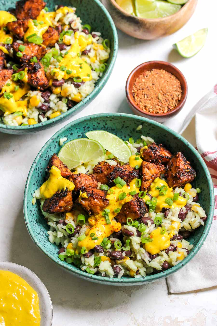 Tempeh Bowls with Jerk-Spice and Mango-Tahini