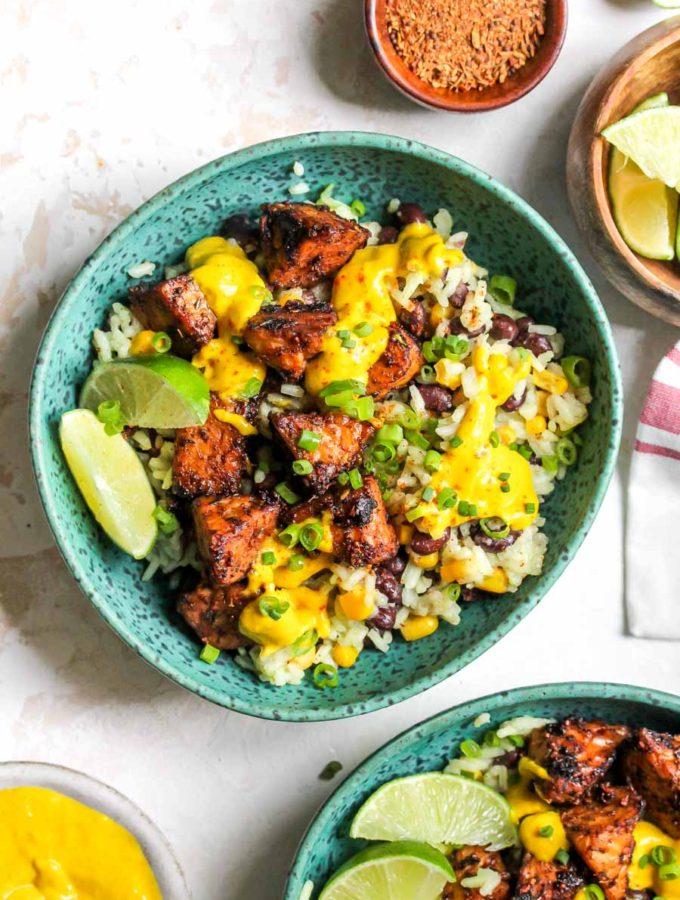 Jerk-Marinated Tempeh Bowls with Mango-Tahini