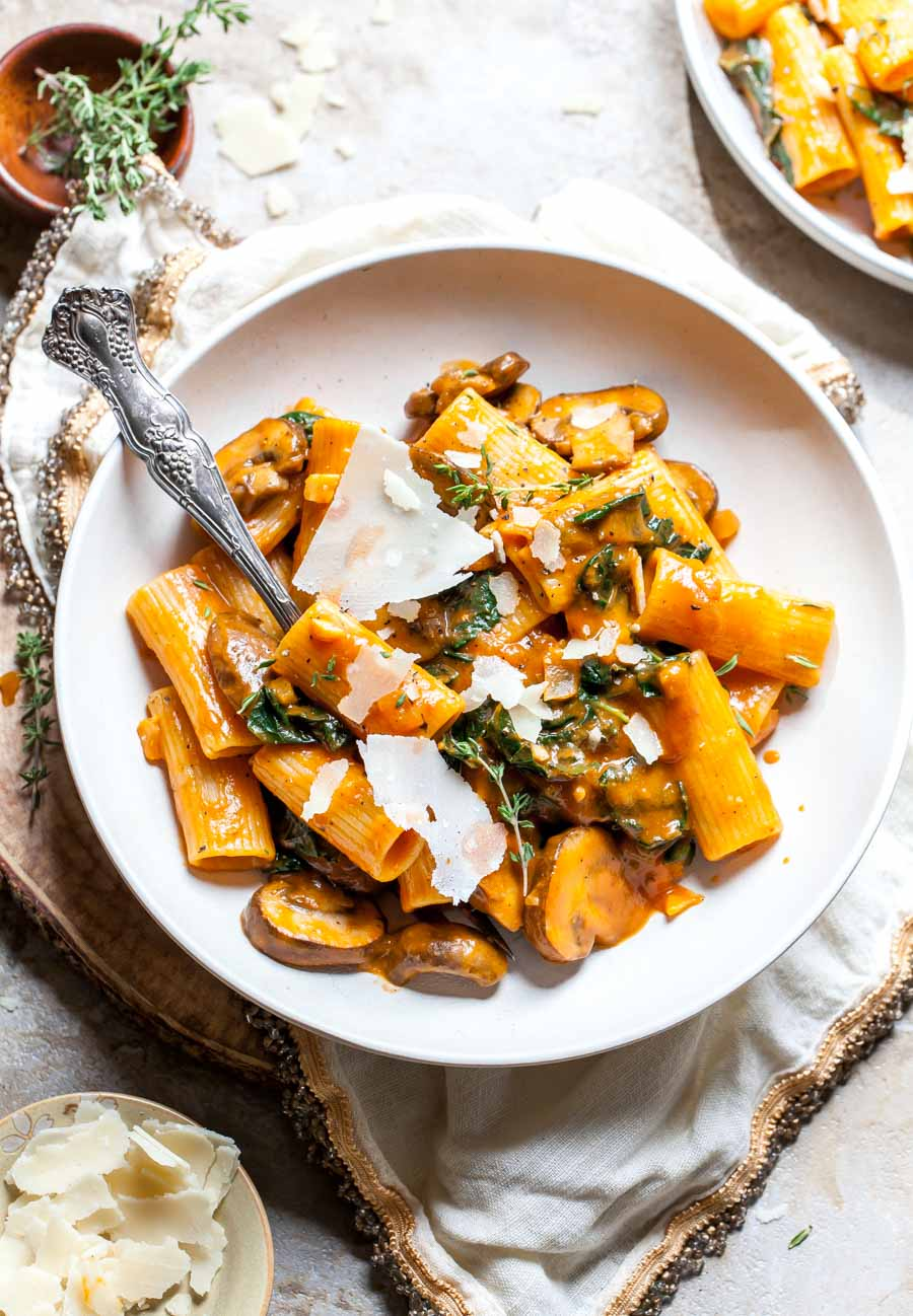 Plant-Based Pumpkin alla Vodka Sauce with Rigatoni, Kale, and Mushrooms