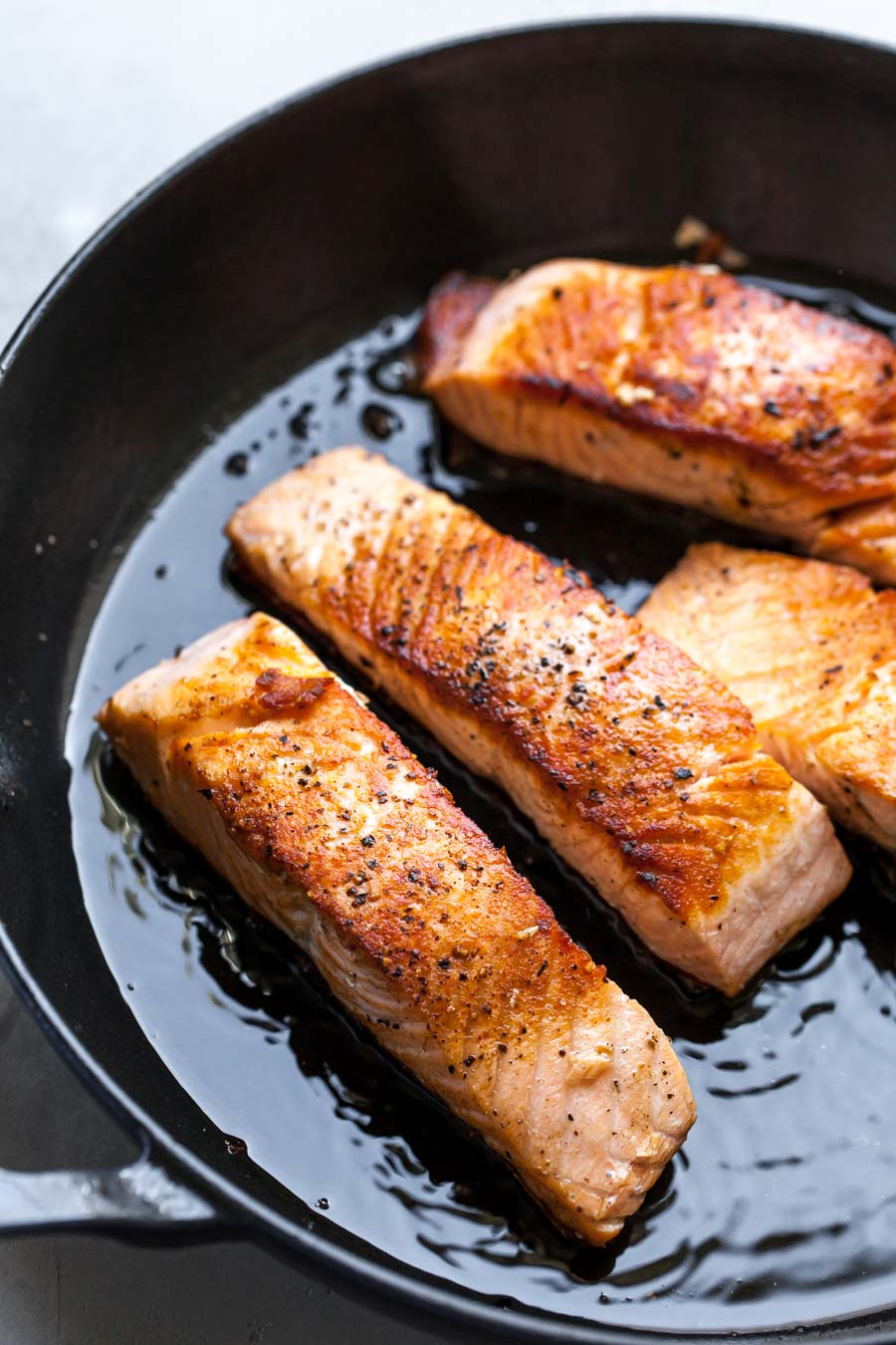 How to Make Crispy Salmon in the Skillet