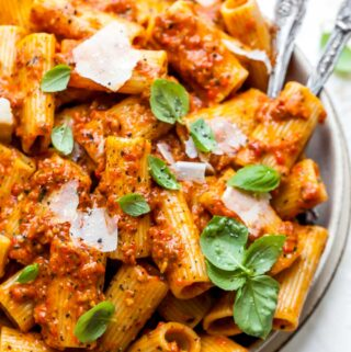 Rigatoni with Red Pesto Sauce and Parmesan