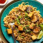 Ramen noodles with crispy tofu and creamy tahini sauce